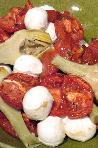 Roasted Tomato, Artichoke and Mozzarella Salad